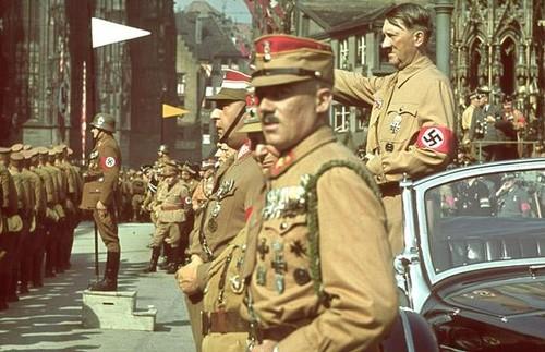 Hitler-Nuremburg.jpg