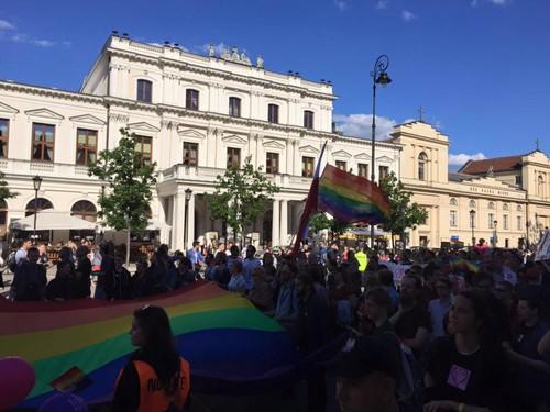Pride Varsóvia 2016 Warsaw.jpg