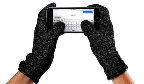 Refined-Touchscreen-Gloves-010.jpg