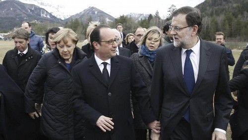 Merkel, Hollande & Rajoy  à cata de «souvenirs» do A320, Alpes, 2015