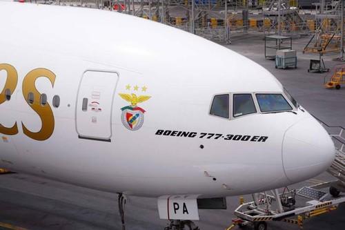Benfica_Fly_Emirates_3.jpg