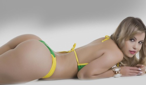 Nathália Mendes 3