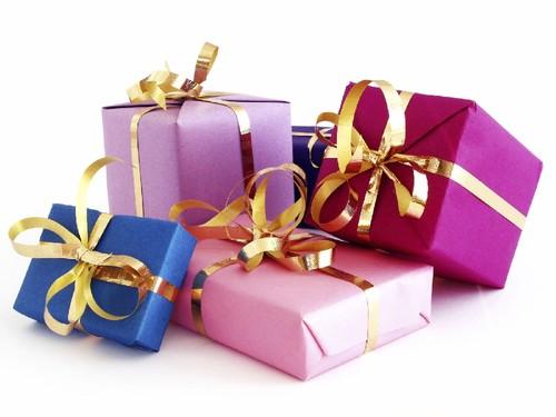 819c23630 8 Regras para Escolher Presentes para Mulheres - Maria das Palavras