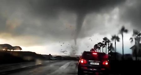 tornado 2.jpg