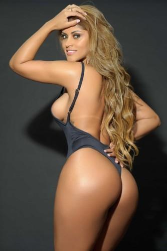 Rosie Oliveira 4.jpg