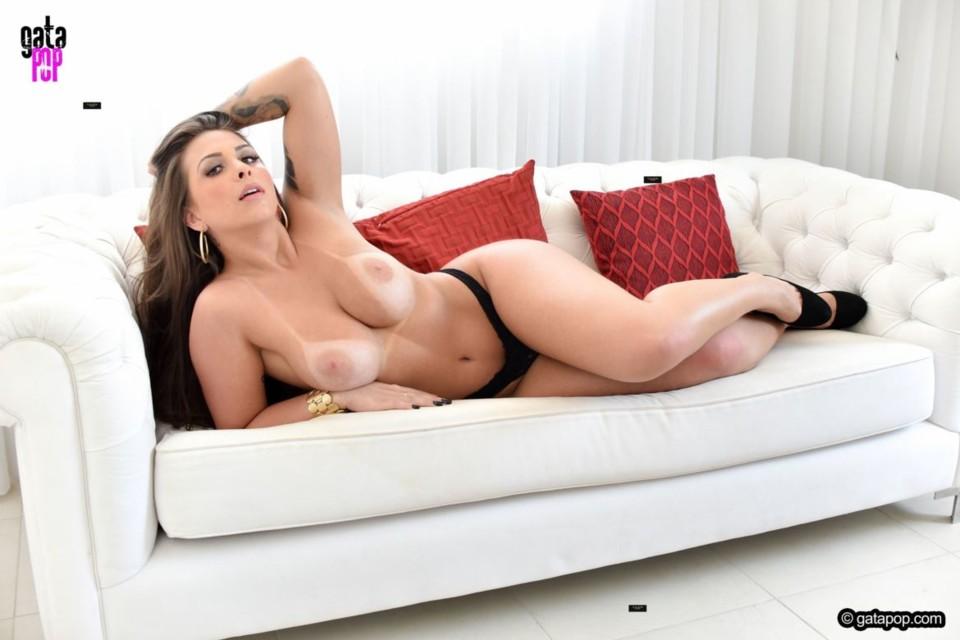 Mônica Renner 20.jpg