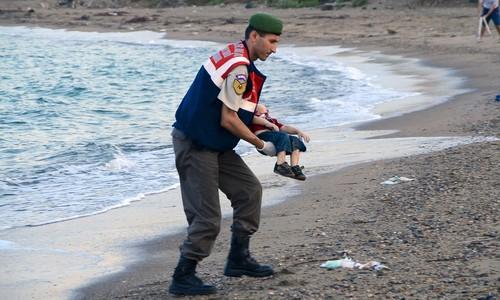 crianca morta turquia3.jpg