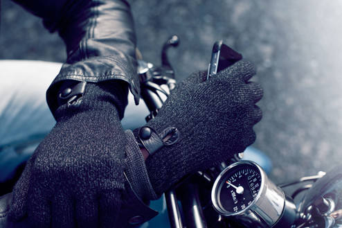 Refined-Touchscreen-Gloves-007.jpg