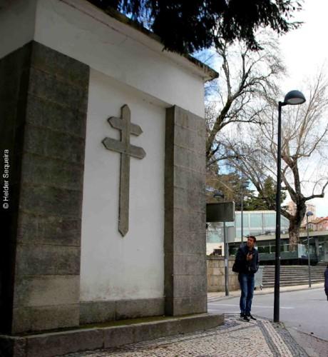Cruz de Lorena - Guarda - HS.jpg