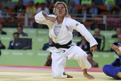 Telma Monteiro medalha de bronze em Judo ab.jpg