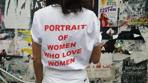 Q Revolt, retratos de mulheres que amam mulheres.