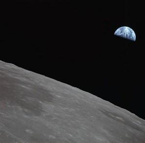 apollo_11_final_earthrise_photos_seq_2_jul_21_1969