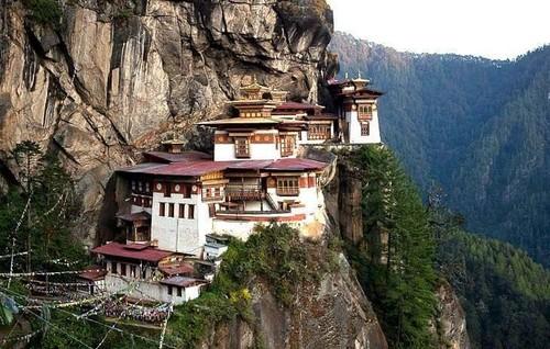 Ninho do Tigre, Paro, Butão.jpg