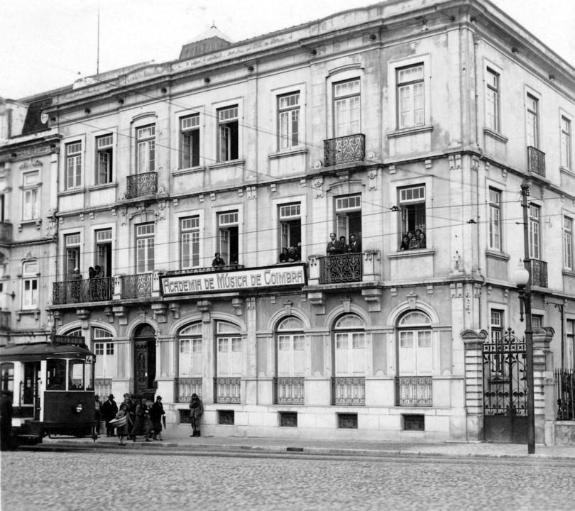 Edifício onde funcionou a Academia.jpg