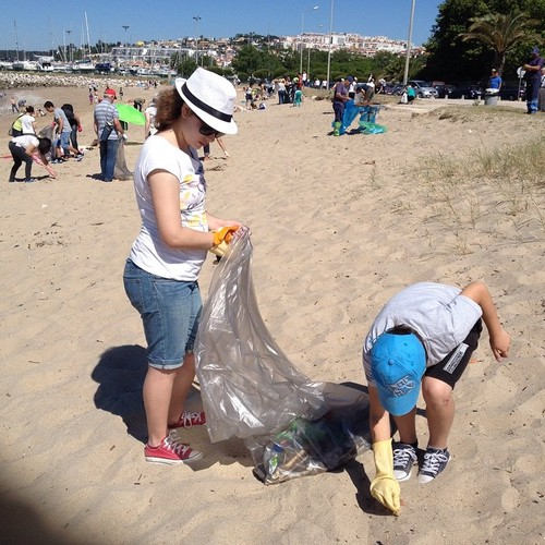 Limpeza praia algés.jpg