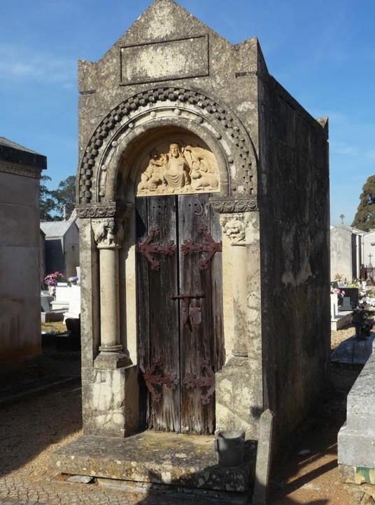 Cemitério da Conchada jazigo 3.JPG