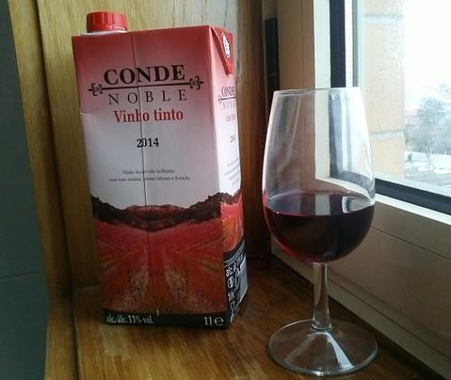 Conde Noble Vino Tinto 2104 aa.jpg