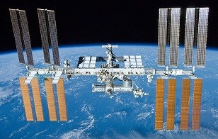 International_Space_Station_after_undocking_of_STS