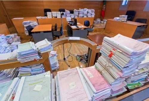 ReorganizacaoJudiciaria-ProcsSalaAudiencias.jpg