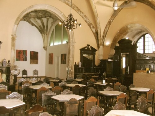 Café Santa Cruz. Interior 05.jpg