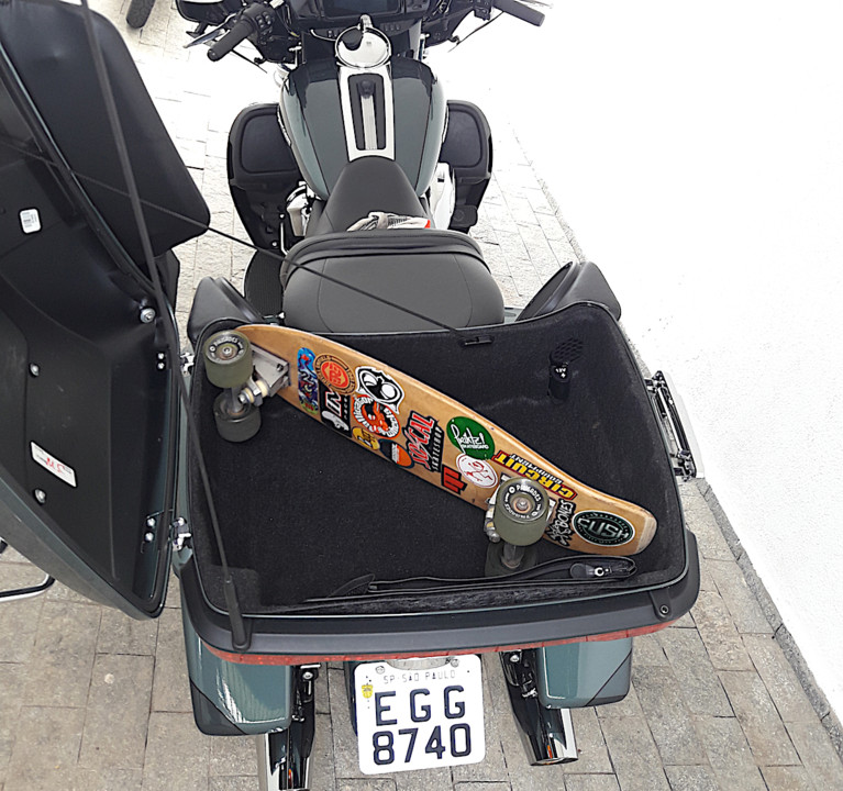 Harleys_skate2.jpg