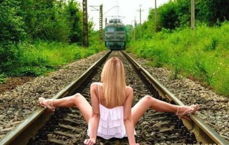 sexo-na-linha-comboio.jpg
