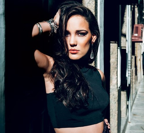 37.ª Adriana Birolli