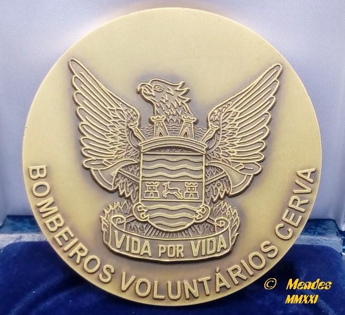 Vila de Cerva - Medalha Bombeiros Voluntários de Cerva.