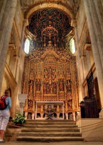 Sé Velha retábulo da capela mor 2.jpg