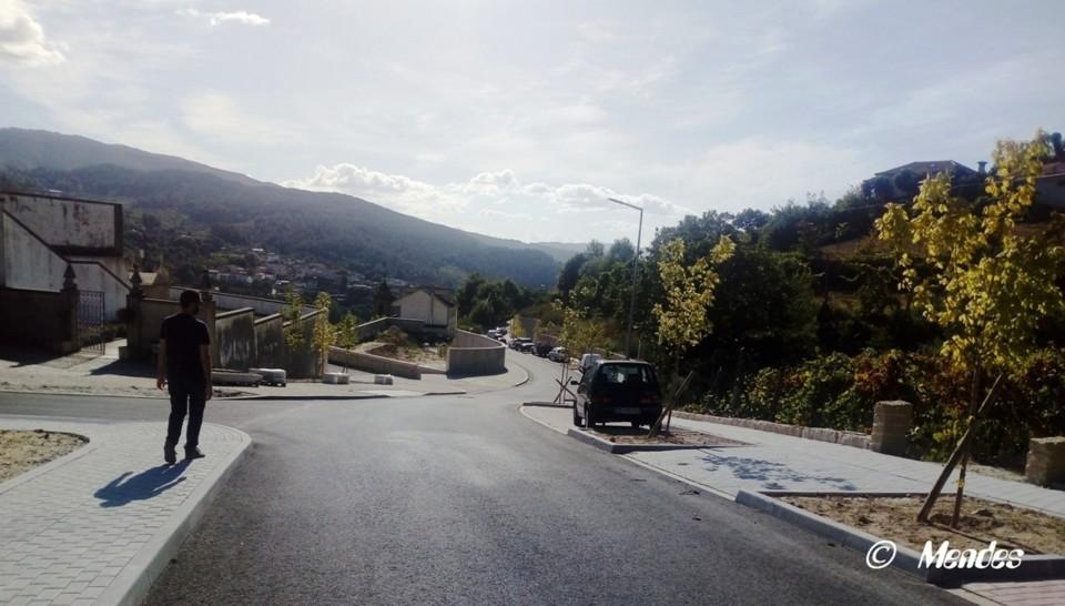 Cerva - Parque de Estacionamento do Cemitério.