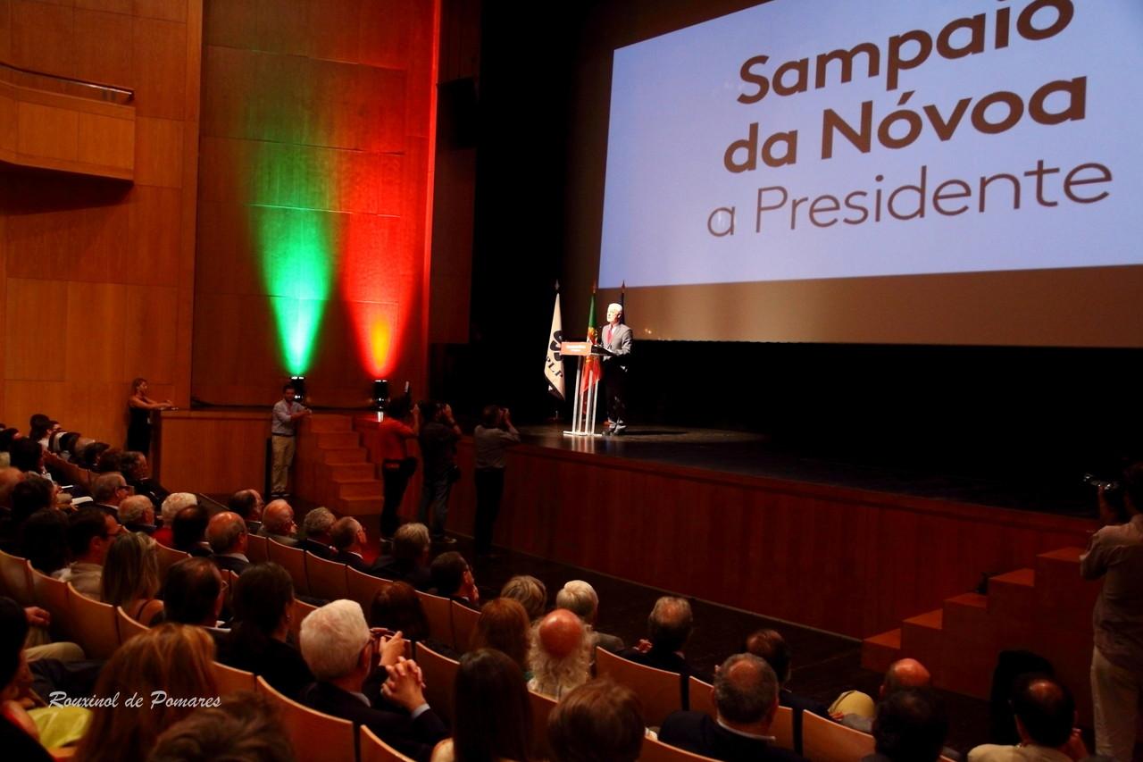 Sampaio da Nóvoa a Presidente - Olga cadaval (001
