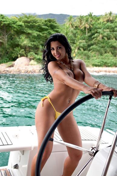 Karine Camargo