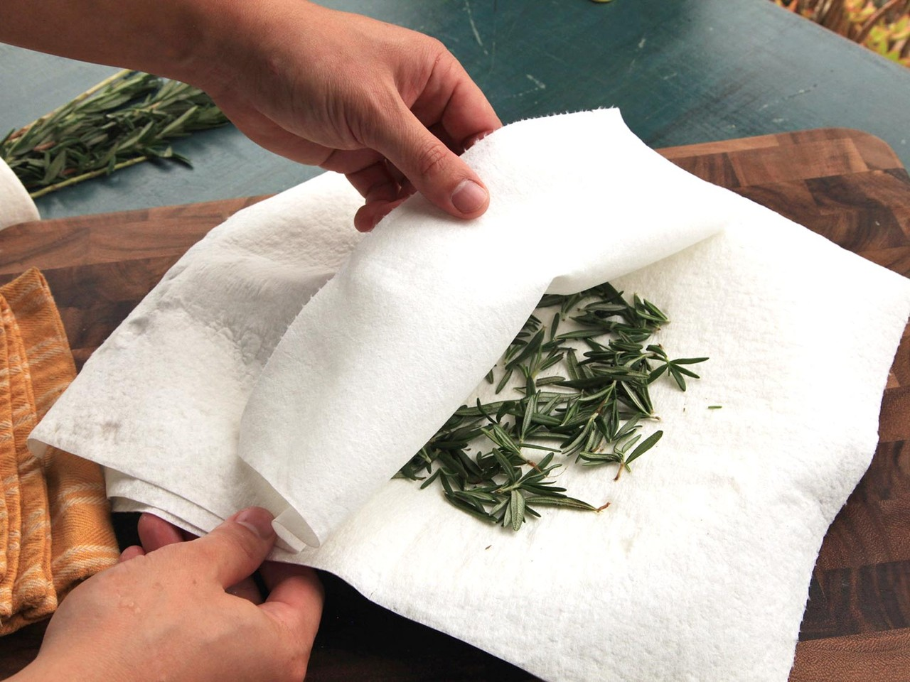 20150317-drying-herbs-storage-2.jpg