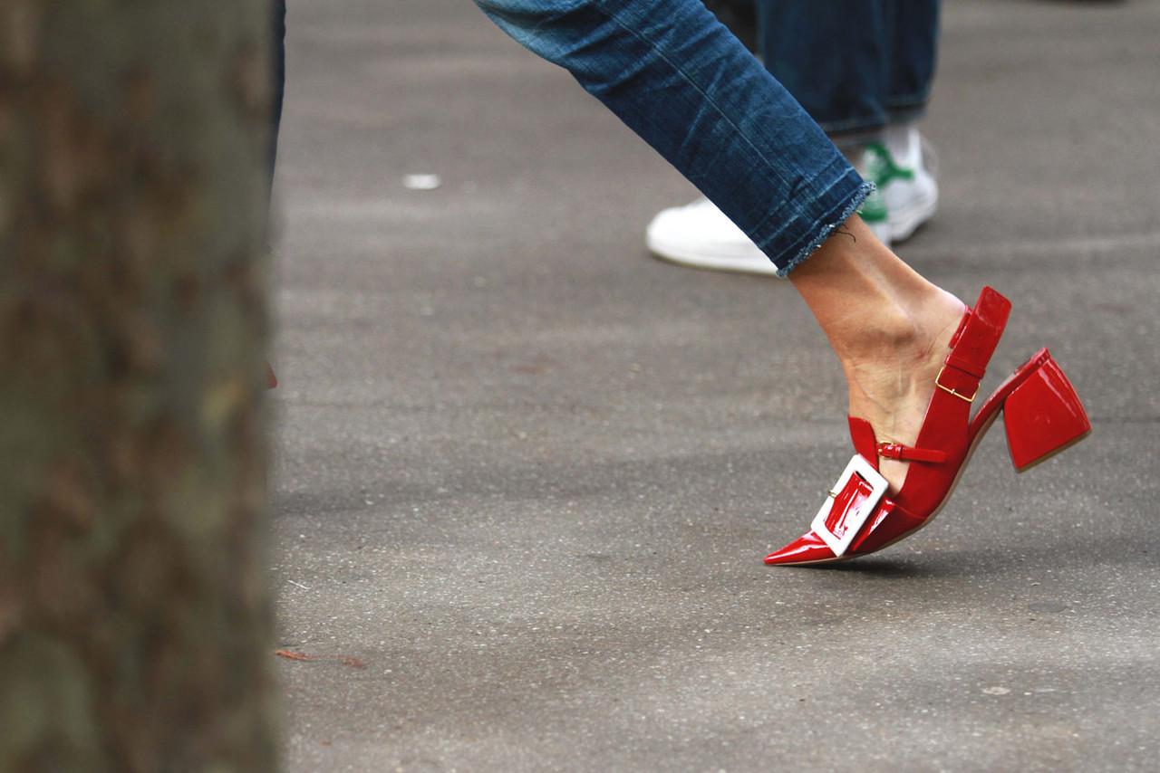street_style_paris_fashion_week_778918937_1384x923
