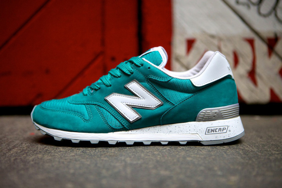 new-balance-1300-made-inusa-teal-silver-01-900x600