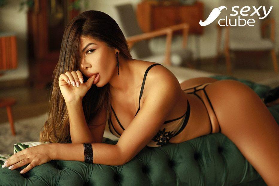 Roberta Ferreira .jpg
