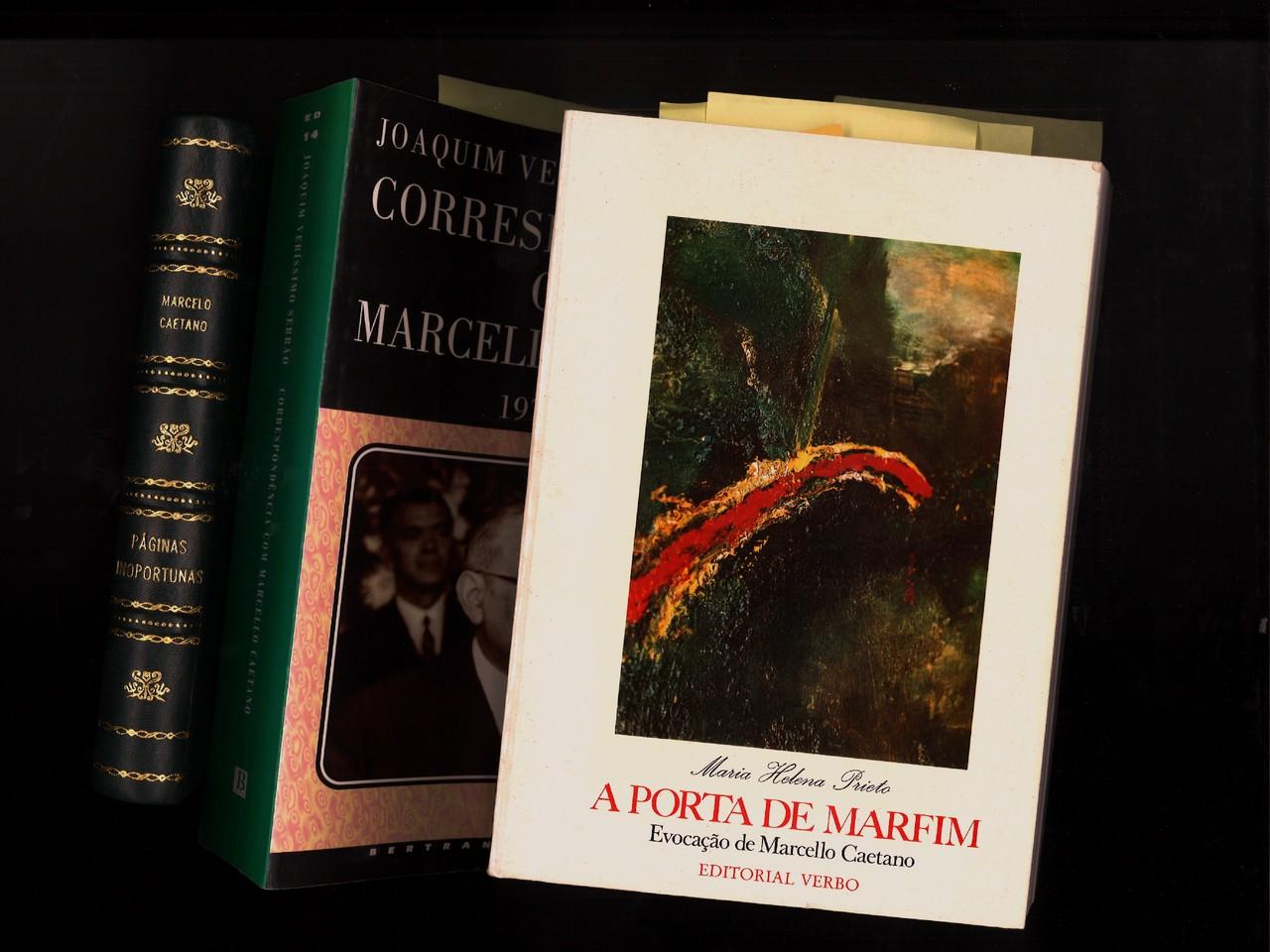 Livros (Marcello Caetano).jpg