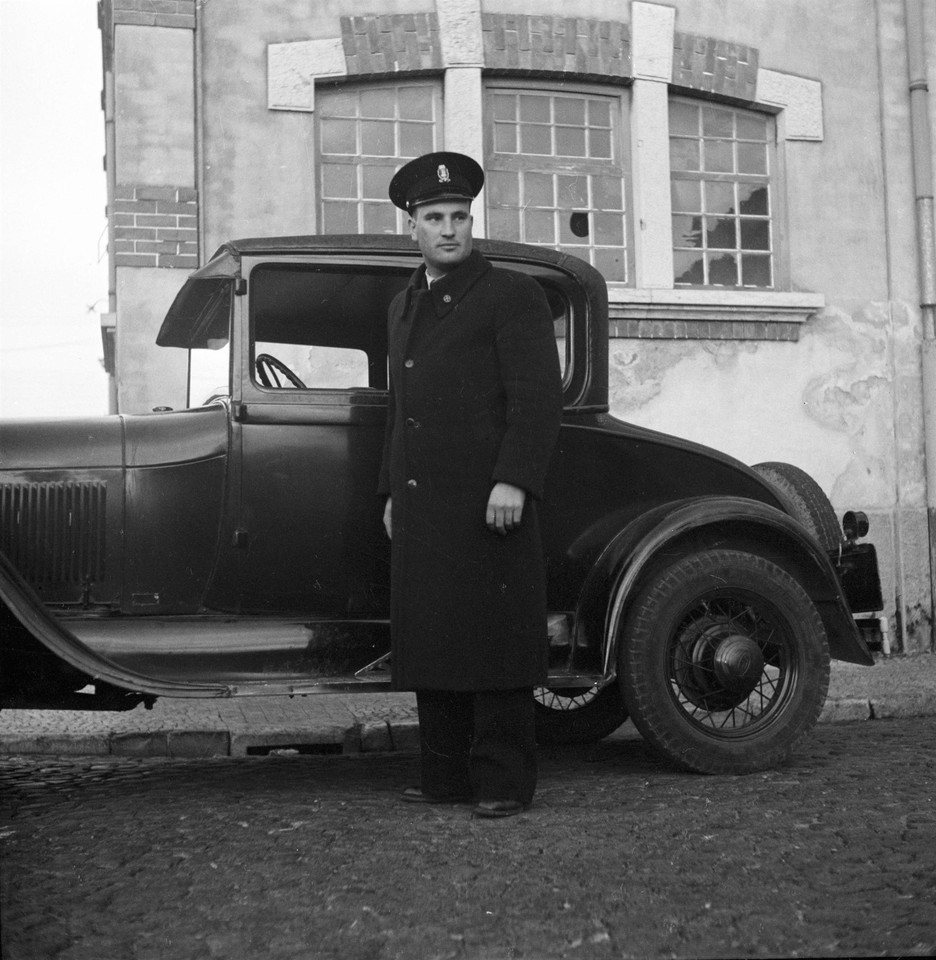Motorista (A. Passaporte, 1944)