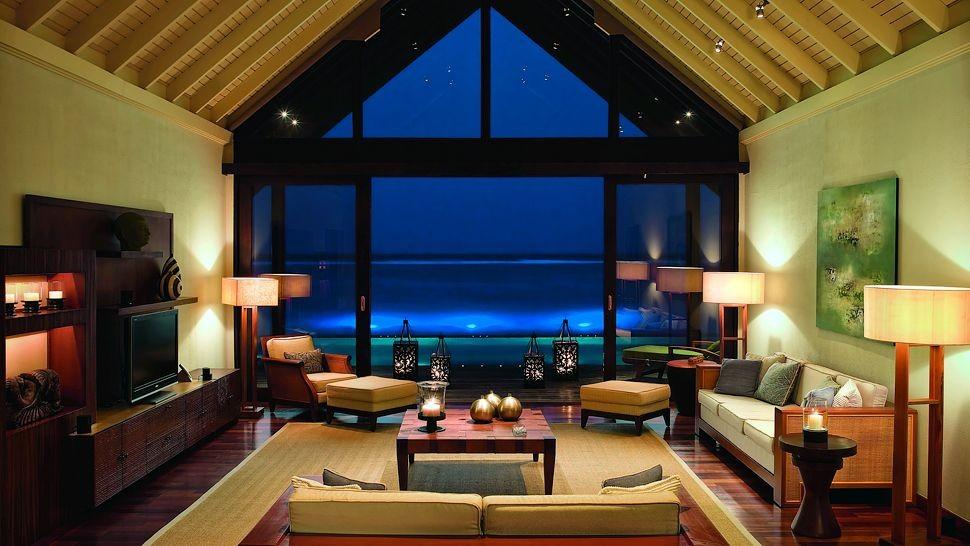 002933-11-rehendi-suite-living-room.jpg