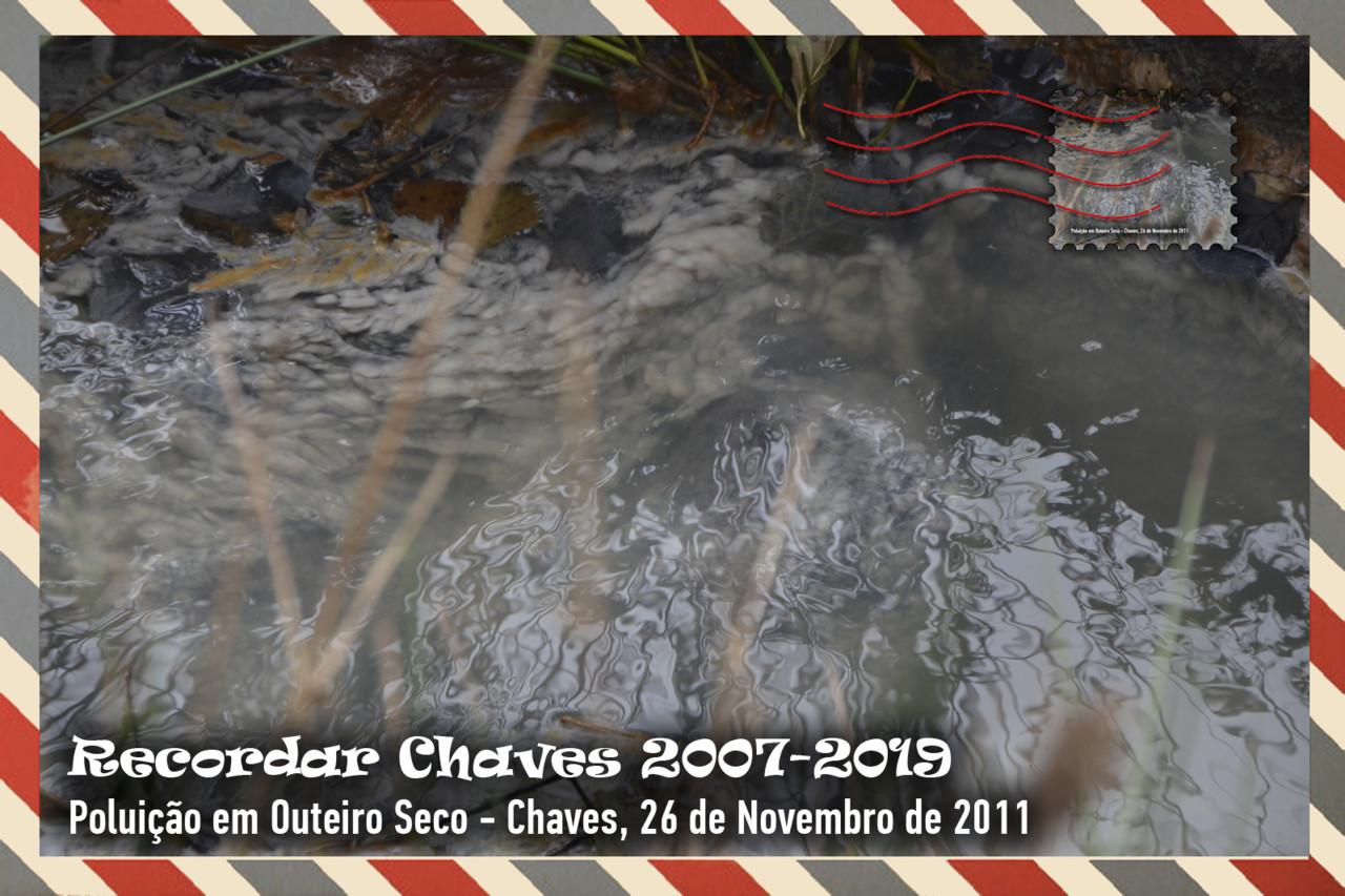 Colecção de 13 Postais Recordar Chaves 2011.jpg