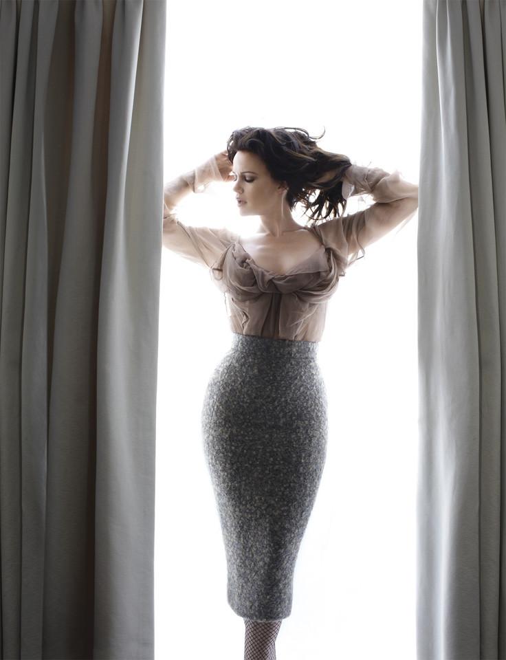 Carla Gugino - More Magazine Photoshoot-01.jpg