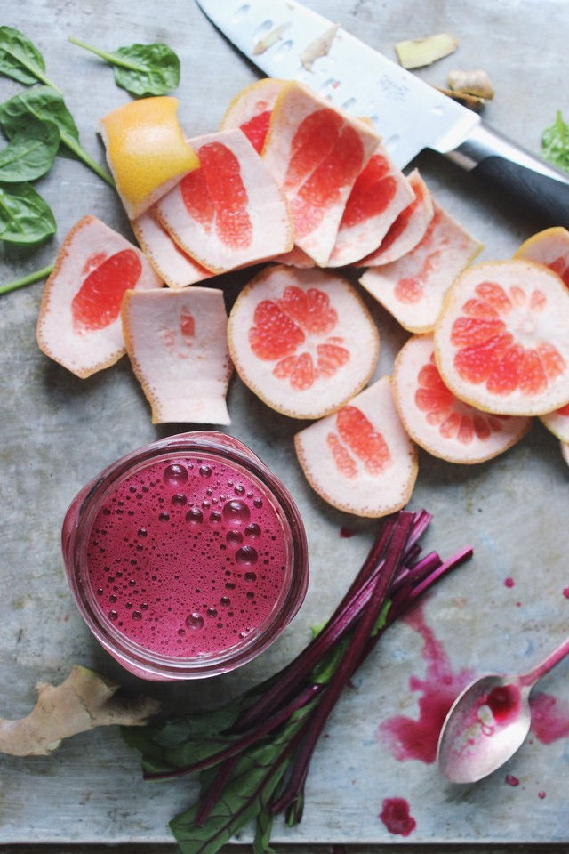 beet-and-grapefruit-green-juice-2.jpg