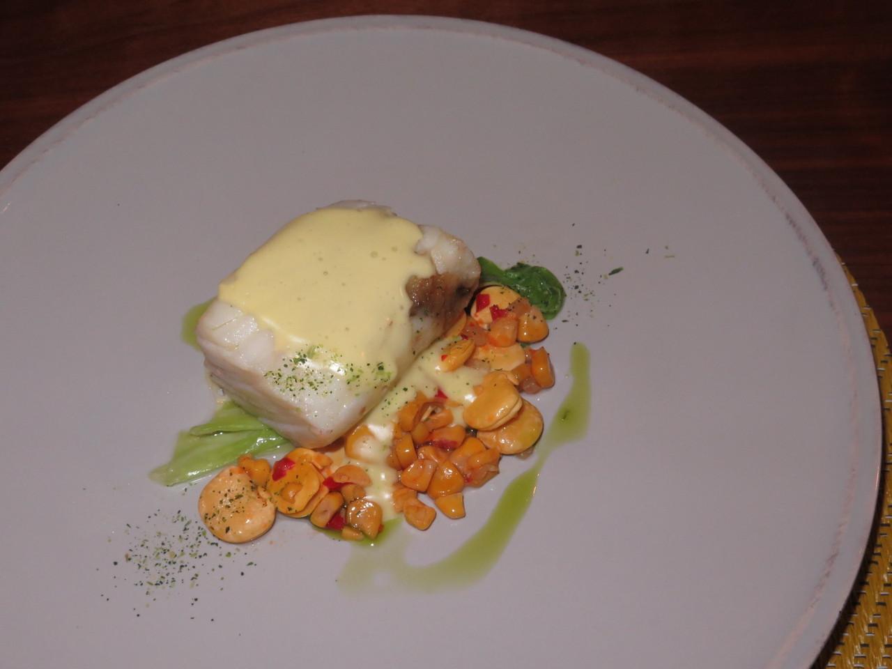 Peixe – Tremoço fermentado, bacalhau, couve-coração e amêndoa