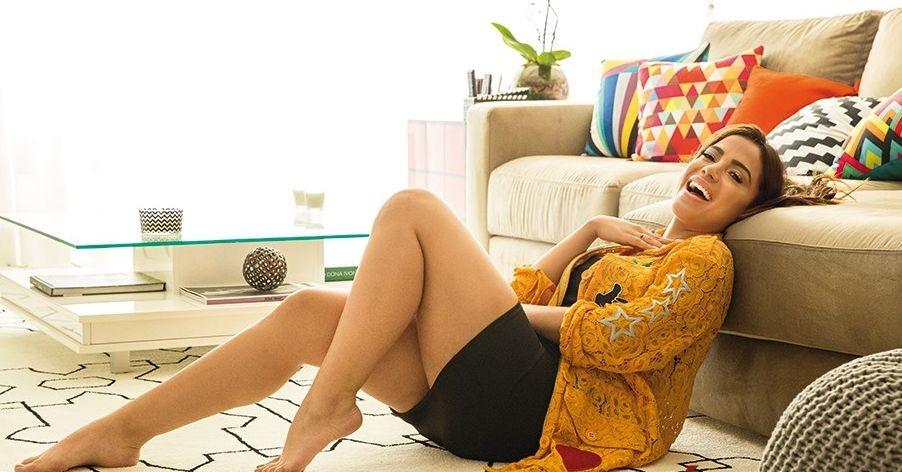 Anitta 99.jpg
