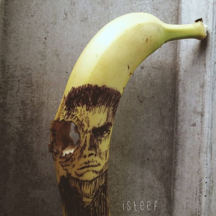 banana-drawings-fruit-art-stephan-brusche-19.jpg