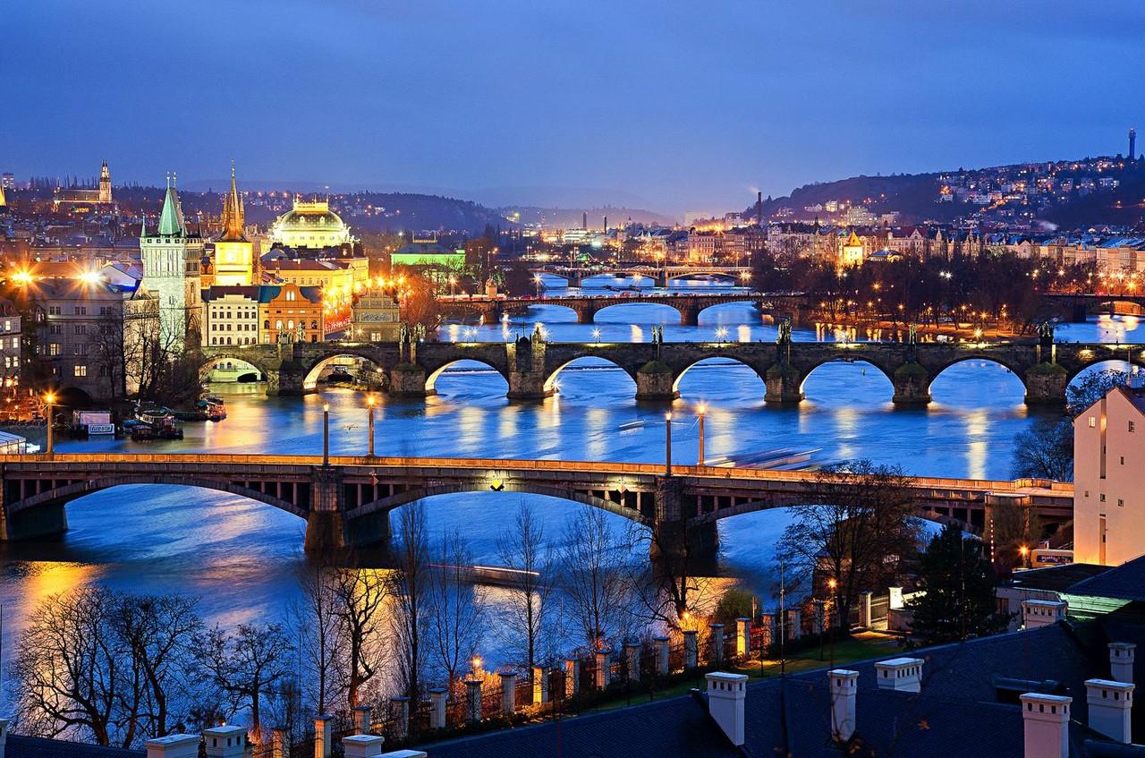 Prague-s.jpg