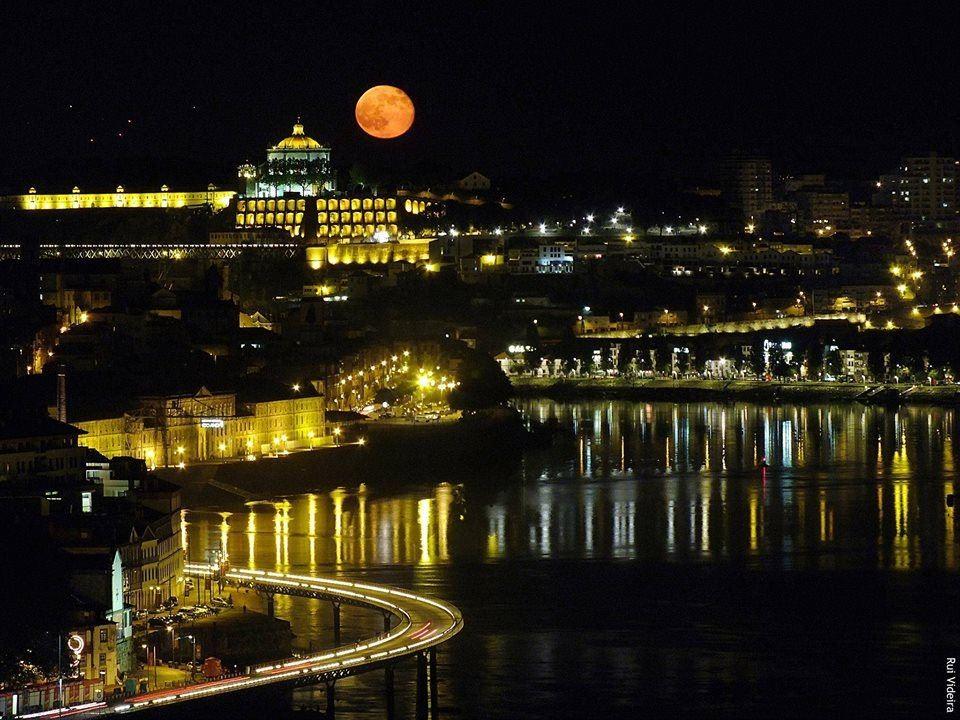 Porto e Gaia de Rui Videira.jpg