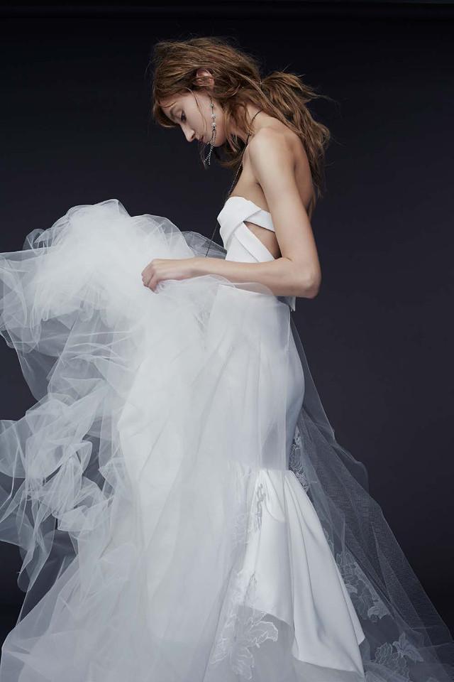 vera_wang_bridal_04.jpg