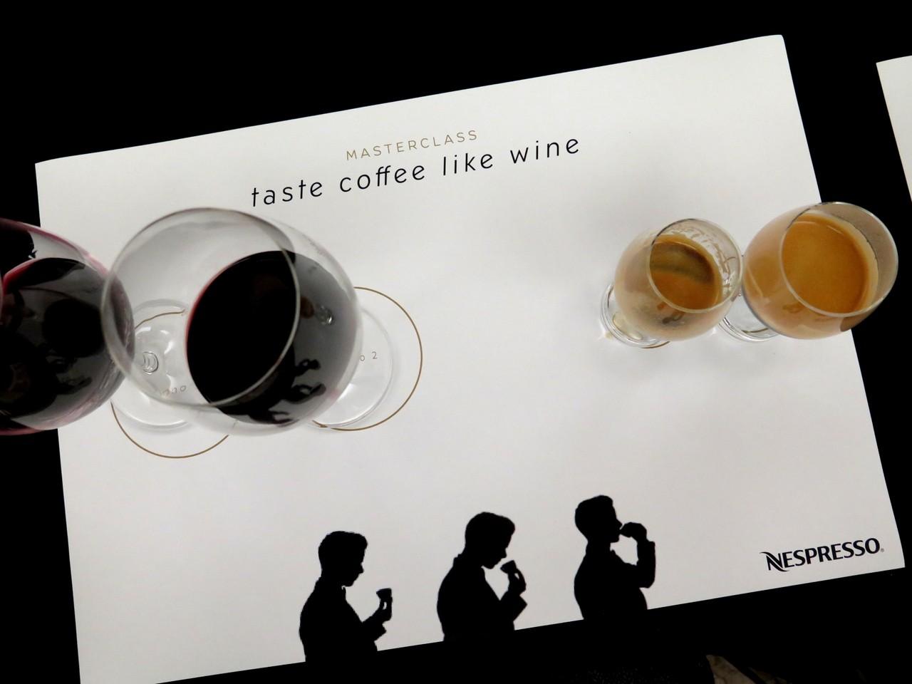 Vinho & Café: olhar, cheirar, beber