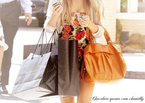 bag-bags-floral-lauren-conrad-shopping-Favim.com-4
